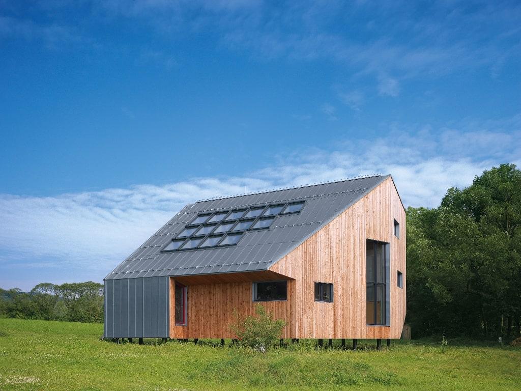 Vom Austausch vorhandener Dachflächenfenster, zum neuen Einbau für den Ausbau des Dachgeschosses oder als Aufwertung eines bestehenden Raumes.